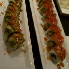 Photo taken at Sushi Eye in Motion by Erin C. on 8/26/2011