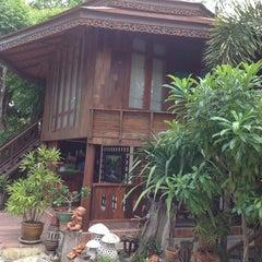 Photo taken at บ้านเพียงตะวัน by @iPhonnn on 9/12/2012