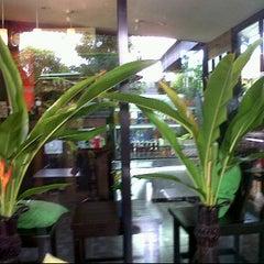 Photo taken at หลวงปู่กาแฟสด by นาง ม. on 7/17/2011