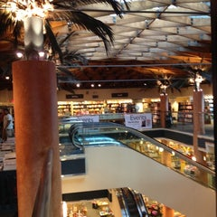 Photo taken at Barnes & Noble by Mattia P. on 8/19/2012
