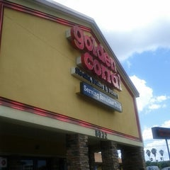 Photo taken at Golden Corral by Twyla W. on 6/18/2012