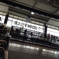 Photo taken at Aeroporto de Joinville / Lauro Carneiro de Loyola (JOI) by Rafinha A. on 6/22/2012