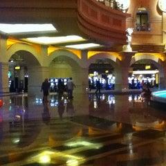 Photo taken at Caesars Windsor Hotel & Casino by Christen 章. on 8/1/2012