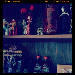 Photo taken at El Camion Mexicano by Simon L. on 2/15/2012