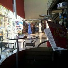 Photo taken at El lector. Librería/Editorial by Emilio B. on 1/6/2012
