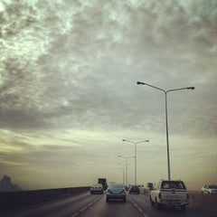 Photo taken at สะพานพระราม 3 (Rama III Bridge) by Taphatson L. on 5/9/2012
