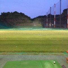 Photo taken at 博多金の隈ゴルフヒルズ by Ryo A. on 5/27/2012