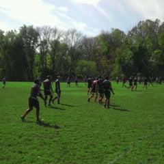 Photo taken at Cherokee Park Frisbee/Rugby Field by Nick S. on 10/22/2011