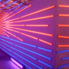 Photo taken at Museum Of Neon Art by Eric L. on 1/16/2011