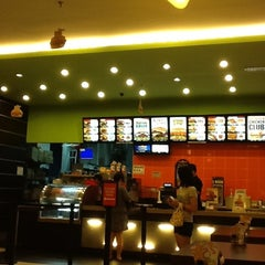 Photo taken at Carl's Jr. by Harden H. on 3/21/2012