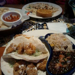 Photo taken at Chili's Grill & Bar by ClydeHyde on 12/5/2011