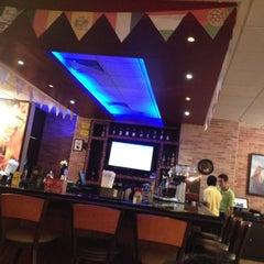 Photo taken at Applebee's by Luis A. on 7/4/2012