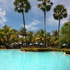 Photo taken at Hilton Phuket Arcadia Resort & Spa by meo on 12/12/2011