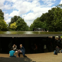 Photo taken at Serpentine Gallery by Charles V. on 6/16/2012