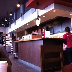 Photo taken at Starbucks Coffee 茅場町店 by Jun A. on 12/11/2011