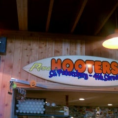 Photo taken at Hooters by One Arm G. on 10/21/2011