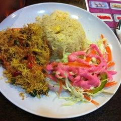 Photo taken at Q Thai Restaurant by Abie W. on 2/18/2011