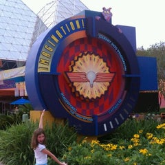 Photo taken at Journey Into Imagination With Figment by Chris L. on 9/25/2011