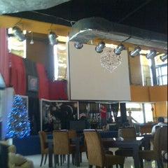 Photo taken at Magic Café by Yemima N. on 12/26/2011