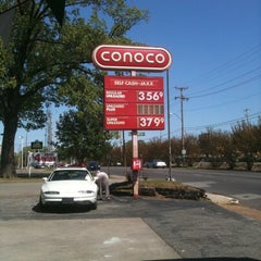 Photo taken at Conoco by Gordon S. on 4/13/2011