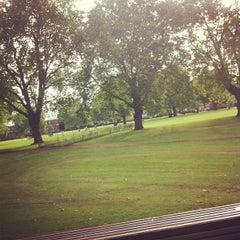 Photo taken at Pub on the Park by Eduardo C. on 7/19/2012