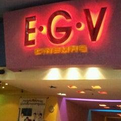Photo taken at EGV Sriracha (อีจีวี ศรีราชา) by Charoen U. on 12/4/2011