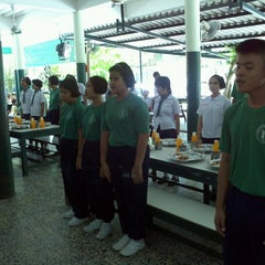 Photo taken at โรงเรียนพระมหาไถ่พัทยา by Direk G. on 6/14/2012