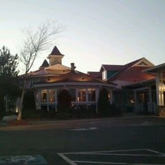 Photo taken at Bahama Breeze by Joseph K. on 2/8/2012