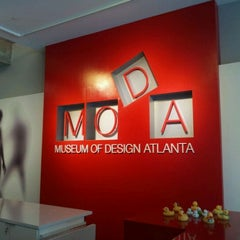 Photo taken at Museum of Design Atlanta (MODA) by DJ W. on 8/20/2011