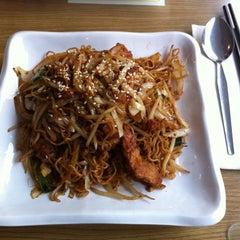 Photo taken at LongJi Hong Kong Restaurant by ka man L. on 5/18/2011