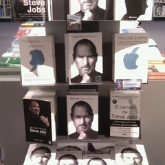 Photo taken at Fnac by Álex C. on 11/7/2011