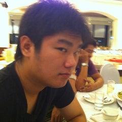 Photo taken at Thumrin Thana Hotel (โรงแรมธรรมรินทร์ธนา) by Wattanakamon O. on 7/29/2011