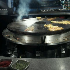 Photo taken at HuHot Mongolian Grill by Patrick J. on 1/24/2012