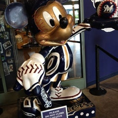 Photo taken at Brewers Team Store by Majestic by ANTH✪NY D. on 6/23/2012