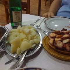 Photo taken at Pulpería Cuatro Ruas by Sara M. on 8/23/2011