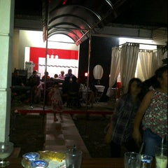 Photo taken at ZZG Boutique & Cafe by chici fabiola d. on 11/7/2011