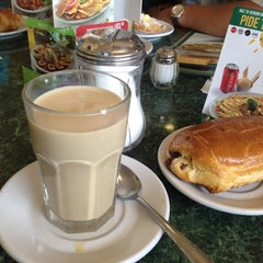 Photo taken at Los Bisquets Bisquets Obregón by ANnY C. on 8/8/2012