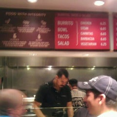 Photo taken at Chipotle Mexican Grill by Justin G. on 2/9/2012