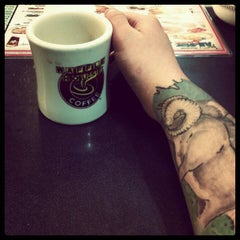 Photo taken at Waffle House by Perseus R. on 8/15/2012