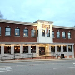 Photo taken at Vintage Restaurant by Robert D. on 3/29/2012