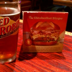 Photo taken at Red Robin Gourmet Burgers by Skylar A. on 10/31/2011