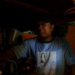 Photo taken at Angkringan Bagong by Yuliyanto C. on 10/30/2011