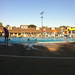 Photo taken at Niles Park District - Oasis Water Park by David W. on 7/25/2011