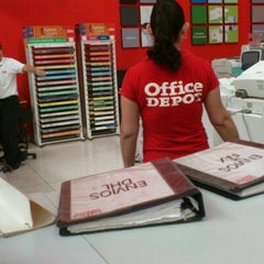 Photo taken at Office Depot by Churro m. on 12/6/2011