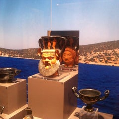 Photo taken at Μουσείο Κυκλαδικής Τέχνης (Museum of Cycladic Art) by Thalis on 1/25/2012