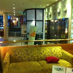 Photo taken at Holiday Inn Tampere - Central Station by Juha M. on 3/3/2012