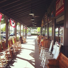 Photo taken at Cracker Barrel Old Country Store by Jalil P. on 6/2/2012