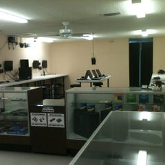 Photo taken at Pinellas Computers of Walsingham by Ryan M. on 6/6/2012