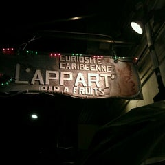 Photo taken at L'Appart' by Hou-dry C. on 3/31/2012