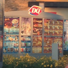 Photo taken at Dairy Queen by Melissa G. on 6/11/2012
